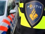 FillWzc4MCw0ODBd-politie-agent-bij-auto